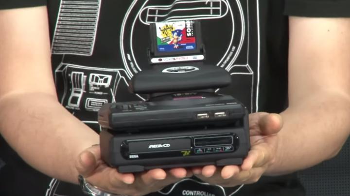 """É ou não é de encher os olhos esse Mega Drive Mini """"Megazord""""?"""